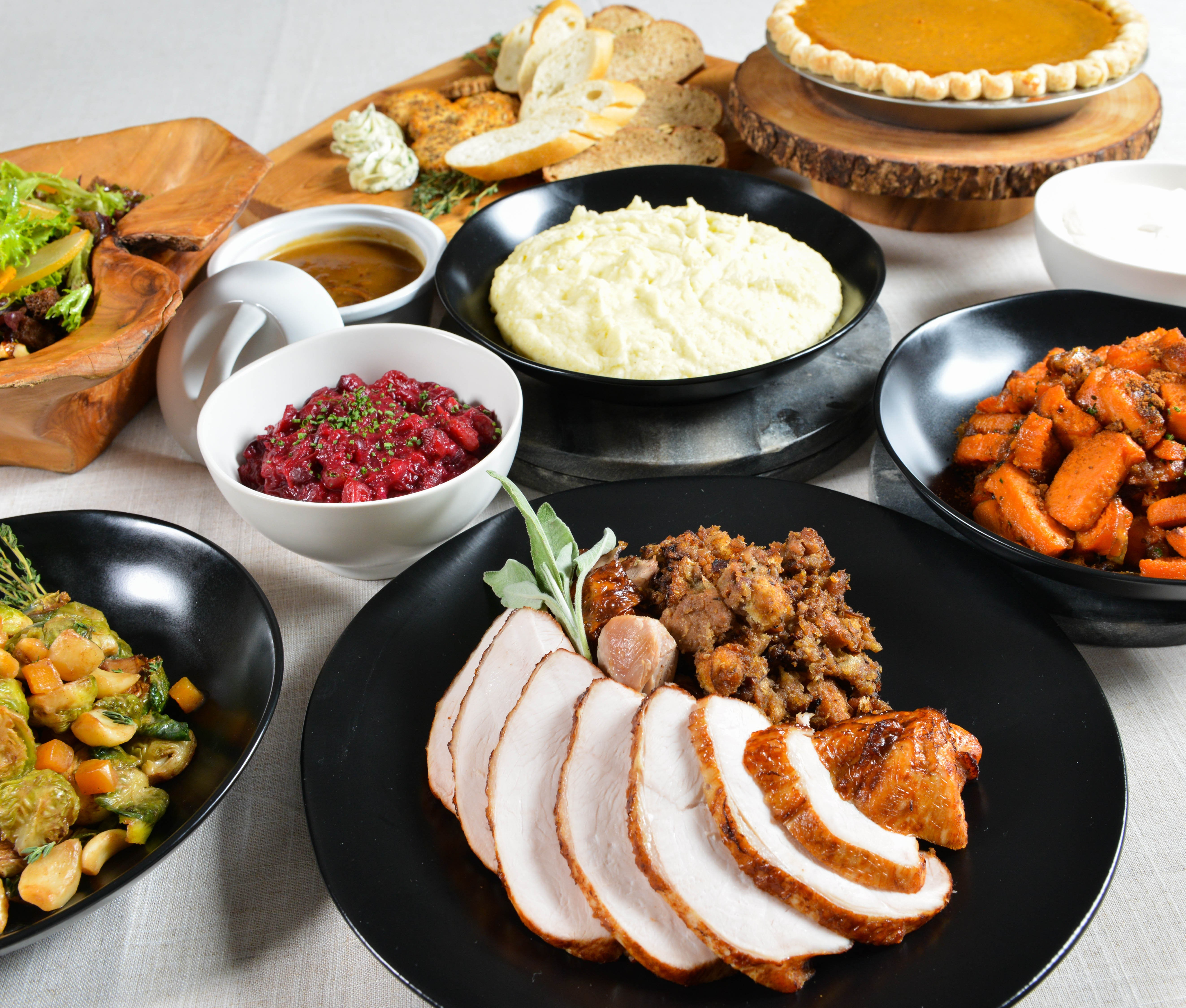 ThanksgivingToGo2017.jpg#asset:2350